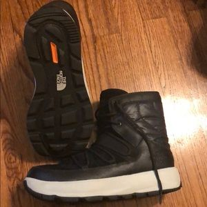 The North Face Shoes - Men's NorthFace Ozone Park Winter Boots (8)
